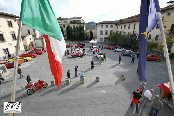 Esposizione Piazza del Comune a Pontassieve